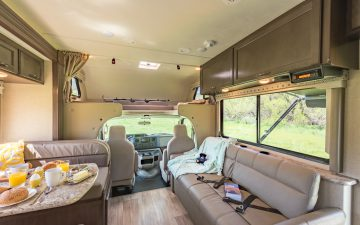 Rent  Class C 28-30ft Sleeps 7