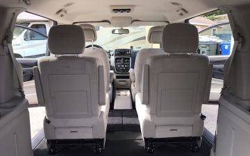 Rent  Mini Van (2016 or newer)